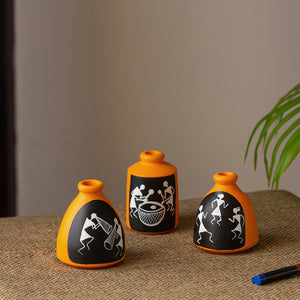 'The Warli Tales' Hand-painted Miniature Pots In Terracotta (Set of 3, Orange)