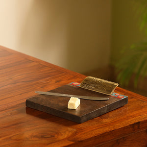 'Desert Leaf Serves' Hand-Painted Cheese Tray In Mango Wood & Brass