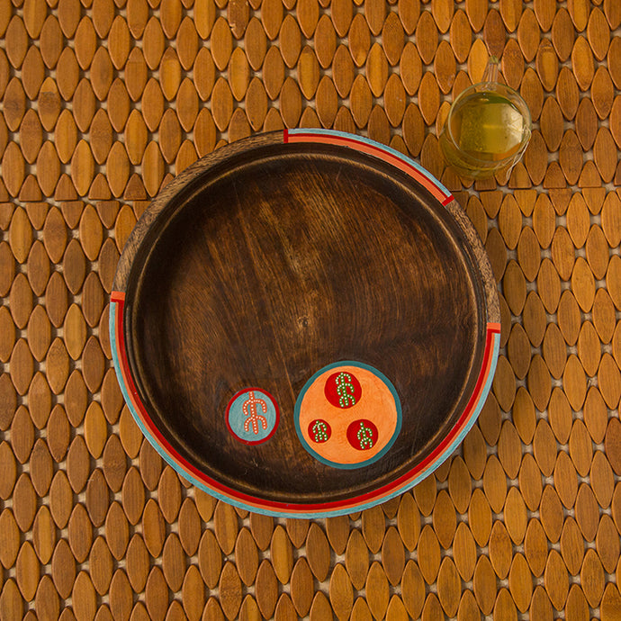 'Oasis Serves' Hand-Painted Round Serving Tray In Mango Wood