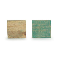 Load image into Gallery viewer, 'The Sitting Feline' Coasters In Mango Wood (Set of 4, Antique Finish)