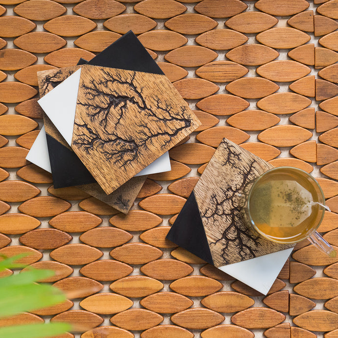 'Lightning Squares' Coasters In Resin & Mango Wood (Set of 4, Rustic Finish)