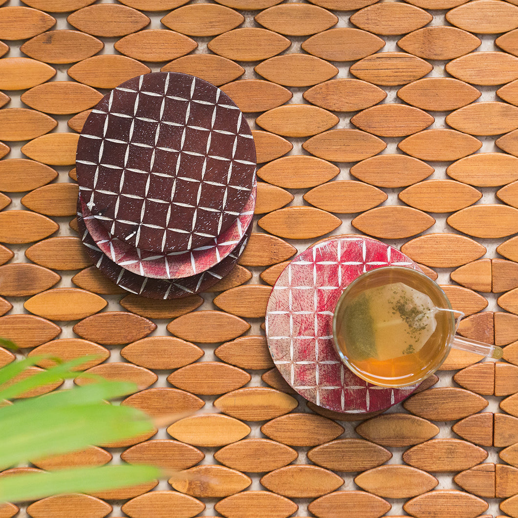 'Rounded Grids' Coasters In Mango Wood (Set of 4, Rustic Finish)