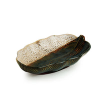 Load image into Gallery viewer, 'The Banana Leaf' Serving Platter In Ceramic (9.8 Inch, Microwave Safe)