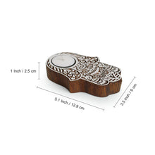 "Load image into Gallery viewer, ""Radiant Palm"" Hand-Carved Blocks Tea-Light Holders In Sheesham Wood (Set of 2)"