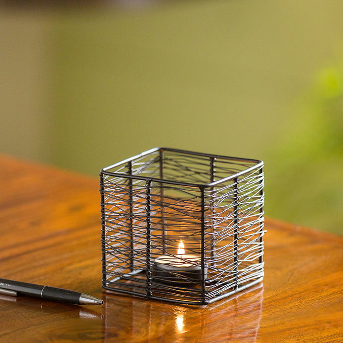 Glowing Mesh Cube Handwired Table Tea-Light Holder In Iron