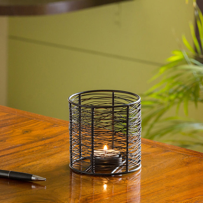 Glowing Mesh Cylinder Handwired Table Tea-Light Holder In Iron