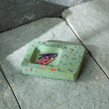Load image into Gallery viewer, 'The Quirly Tray' Handcrafted Terrazzo Multi-utility Knick Knack Organizer Tray In Concrete