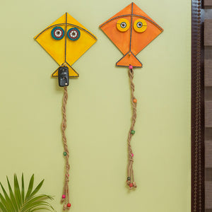 """Kite Pals"" Hand-Painted Key Holder In Pine Wood (Set of 2)"