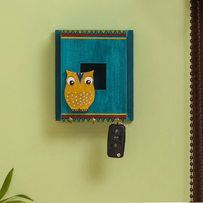 'Owl Hen' Decorative Key Holder In Pine Wood (3 Hooks)
