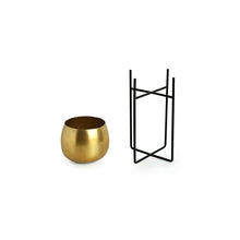 "Load image into Gallery viewer, ""The Golden Rounds"" Table Planter Pot With Crossed Stand In Iron (10.5 Inch)"