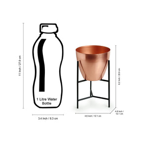 """The Copper Frustum"" Table Planter Pot With Triangular Stand In Iron (8,2 Inch)"