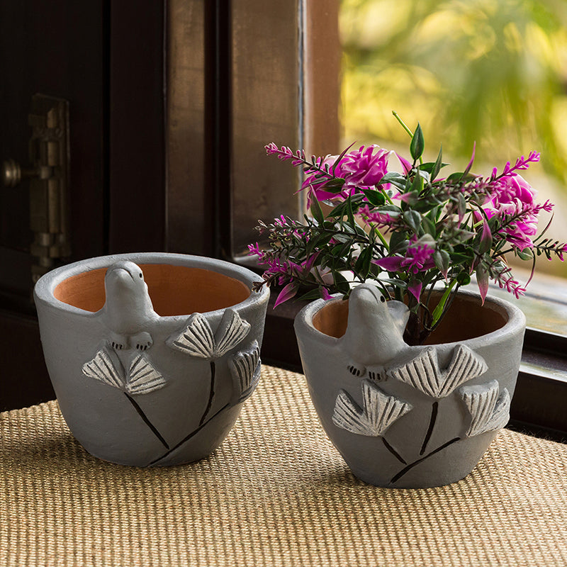 'Blooming Birdies' Handmade & Hand-painted Planter Pots In Terracotta (4.5 Inch, Set of 2)