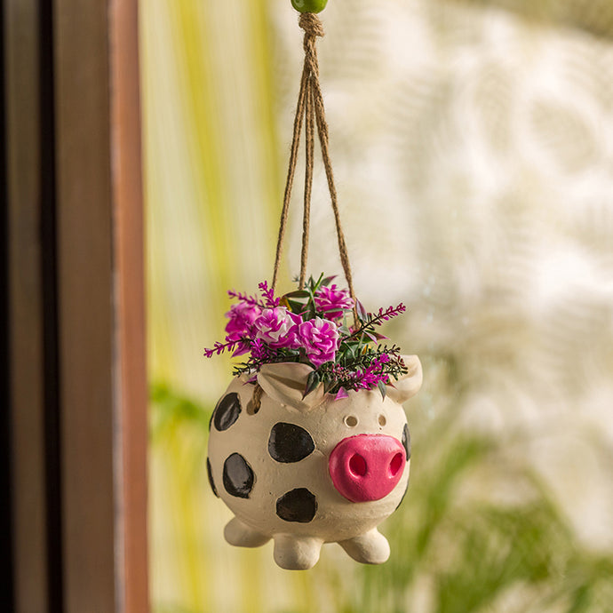 'Aerial Piggy' Handmade & Hand-painted Hanging Planter Pot In Terracotta (5.5 Inch)