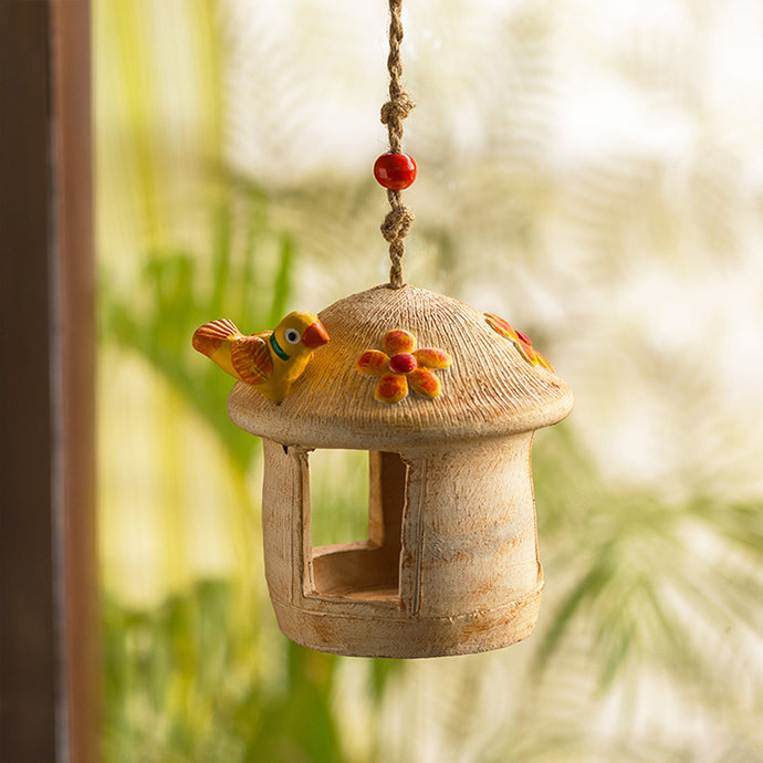 'Swinging Hut' Handmade & Hand-painted Bird House In Terracotta (6 Inch)