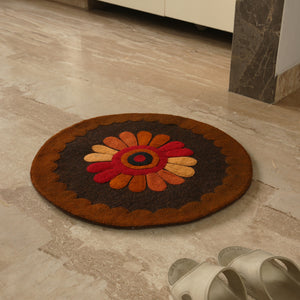 """Floral View"" Hand Felted Circular Door Mat In Sheep Wool (23 Inch)"