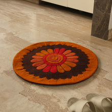 "Load image into Gallery viewer, ""Floral View"" Hand Felted Circular Door Mat In Sheep Wool (24 Inch)"