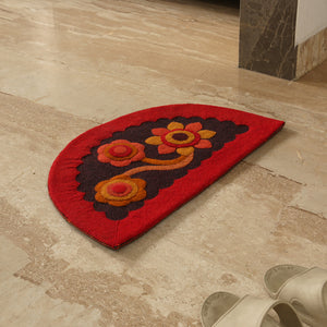 """Pristine Flower"" Hand Felted Semi Circular Door Mat In Sheep Wool (23 Inch)"
