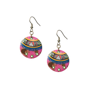 'Tribal Floral Rounds' Hand-painted Bohemian Earrings (Resin, Punch Pink, 2 Inch)
