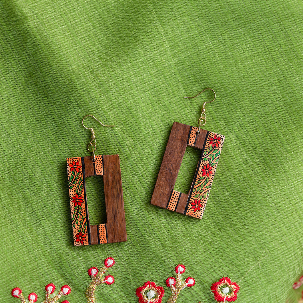 'Tribal Floral Danglers' Hand-painted Bohemian Earrings (Sheesham Wood, 3 Inch)