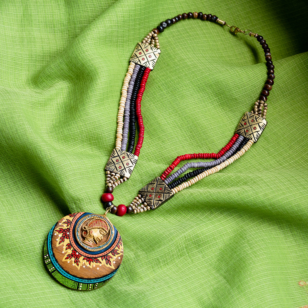 'Tribal Dhokra Lady' Bohemian Brass Necklace Handmade In Dhokra Art (Brass, Wood, Matinee)