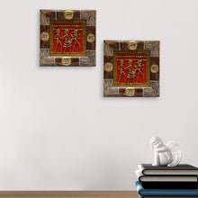 Load image into Gallery viewer, Dhokra Work And Warli Hanpainted Wall Decor In Sheesham Set