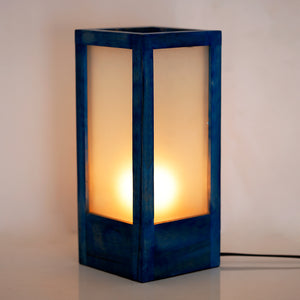 10 Inch Wooden Table Lamp With Frosted Glass In Berry Blue