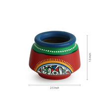 Load image into Gallery viewer, Terracotta Handpainted Warli Toothpick Holder Set Red