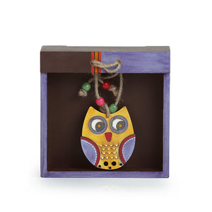 'Owl Motif' Tissue Holder In Wood