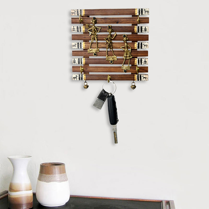 Dhokra And Warli Handpainted Key Holder With Ghungroo Brown