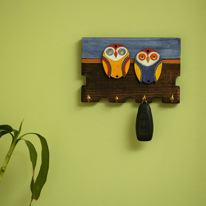 'Twin Owl Motifs' Wooden Key Holder (4 Hooks)