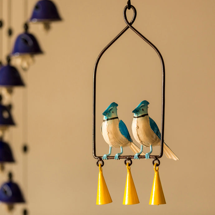 ƒ??Blue Jays In The Windƒ?? Hand-Painted Decorative Hanging Wind Chime In Metal