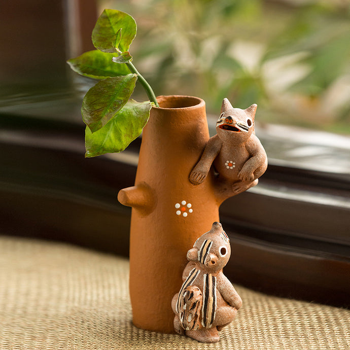 'Climbing Squirrels' Handmade Garden Decorative Table Cum Wall Showpiece In Terracotta