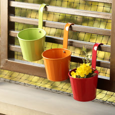 'Tiny Triplets' Metal Hand-Painted Railing Cum Table Planters Pot (Set Of 3)