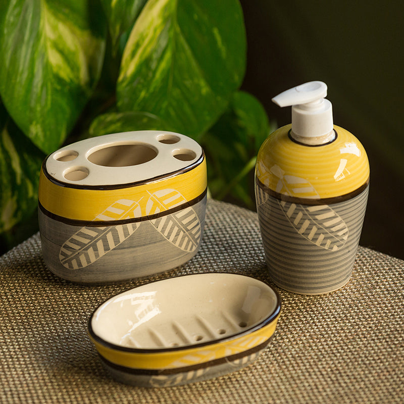 'Imprinted Leaves' Hand-Painted Ceramic Bathroom Accessory (Set Of 3)