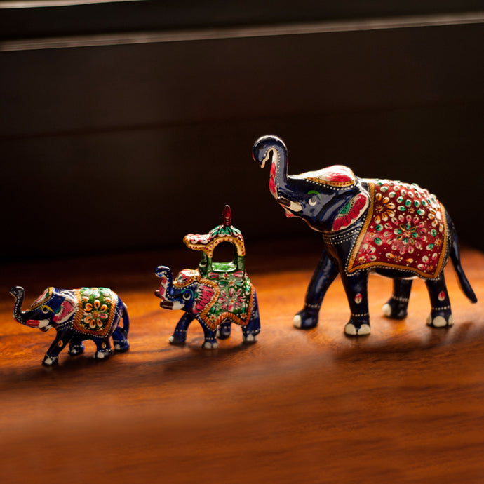 Meenakari Royal Blue Elephant Family Handenamelled In Metal