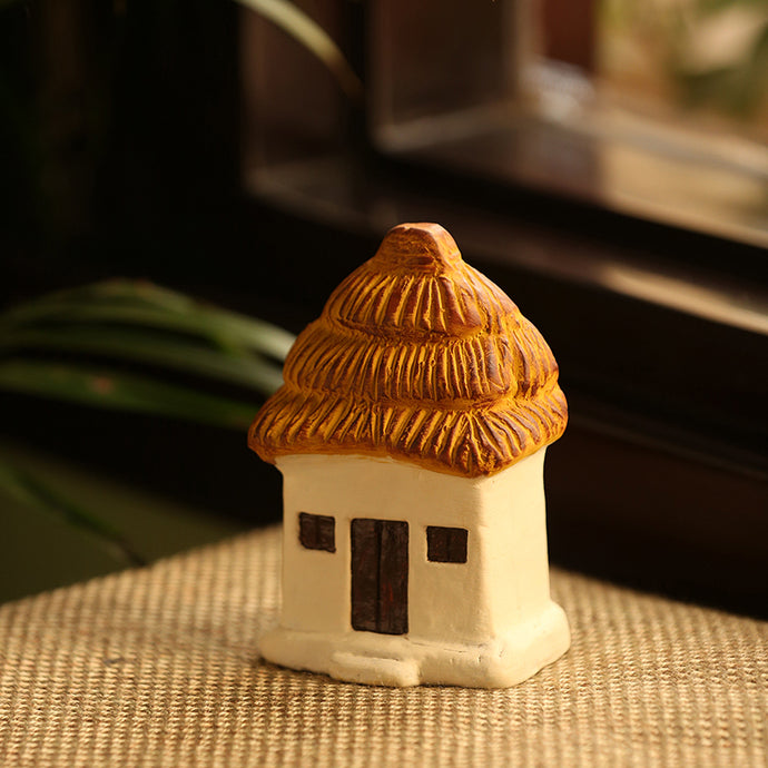 'Mini Hut' Handmade Garden Décorative Table Cum Wall Showpiece In Terracotta