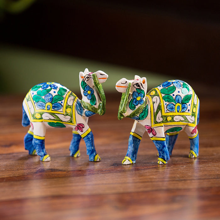 'The Imperial Camels' Hand Carved & Hand Painted Blue Pottery Showpiece In Eucalyptus Wood