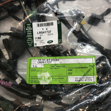 Load image into Gallery viewer, GENUINE Land Rover DISCOVERY 4 10-16 WIRING LOOM BRAND NEW LR041727