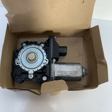 Load image into Gallery viewer, Right Electric Window Motor VW Polo 6N 2DR 1995-00 6N3998802B New genuine VW