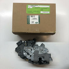 Load image into Gallery viewer, LR063608 Range Rover Vogue Sport & Discovery Sport RHR door latch. See below.