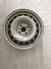 Load image into Gallery viewer, Genuine Fiat Doblo 2010 steel Rim 51767954