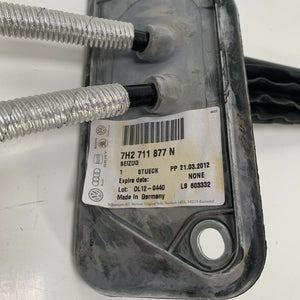 genuine volkswagen bowdencable brand new 7h2711877n