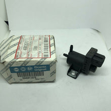 Load image into Gallery viewer, Genuine Fiat Pressure Converter Brand New 46813570