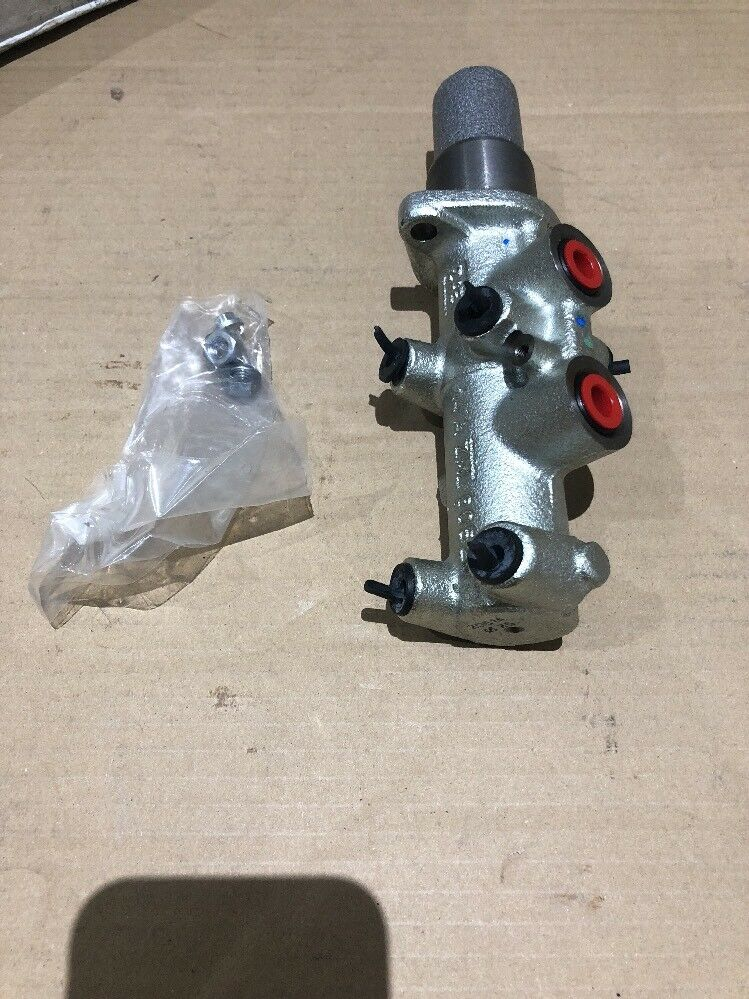 New Genuine Fiat Brake Master Cylinder 9949588