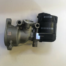 Load image into Gallery viewer, New EGR Valve PEUGEOT 307 407 607 807 Expert  CITROEN C4 C5 C8 Dispatch  2.0HDi