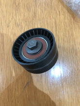 Load image into Gallery viewer, ALFA ROMEO 145 146 155 156 Fan Belt Tensioner Pulley V Ribbed Belt Idler