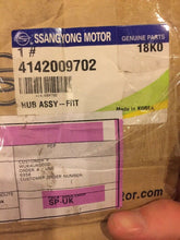Load image into Gallery viewer, Genuine Ssangyong Actyon Kyron Rexton Front Wheel BearingHubAndSensor 4142009702