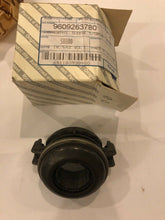 Load image into Gallery viewer, Genuine Fiat Clutch Release Bearing Brand New 9609263780