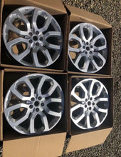 Load image into Gallery viewer, Genuine Land Rover Range Rover sport l405 lr037747 22 inch alloy wheels