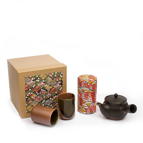 AKIRA 4 Piece Tokoname Japanese Tea Set with gift bos